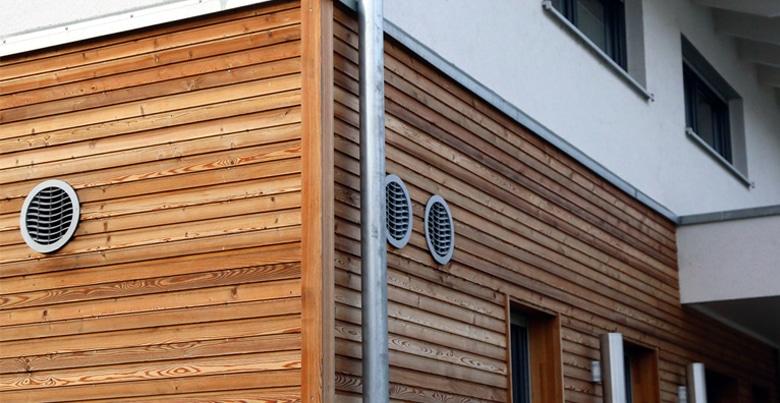Houten gevelbekleding: soorten hout, opbouw en prijs per m²